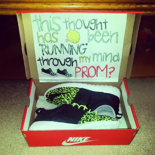 The Top 15 Funniest Prom Proposals Dose Of Funny