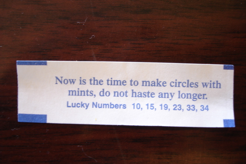 make circles fortune cookie