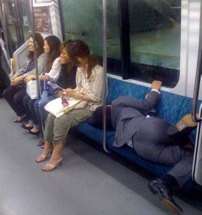 21 Funny Photos of People Sleeping