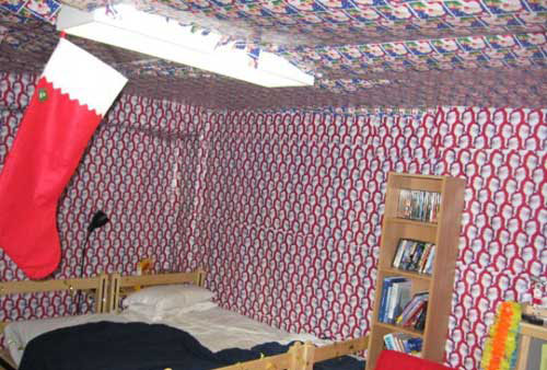 pranks for college dorms Use packing materials to pull a prank harmless dorm pranks are a way to have some fun with your friends before you decide to pull one, consider the consequences of.