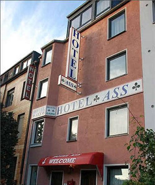 15 Bad Hotel Names Funny Hotel Names