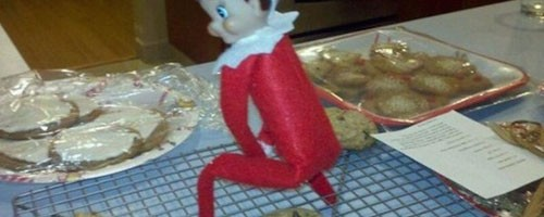 elf on the shelf pose